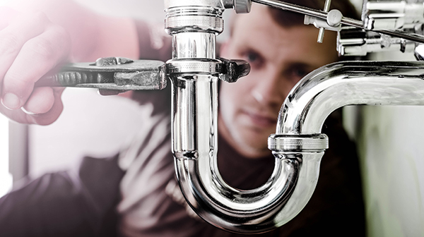 How can you pick the right plumber for your house?